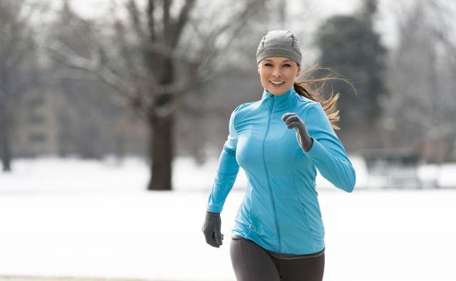 Poskušajte skrajšati zunanje aktivnosti ali pa jih popolnoma preskočite, kadar je vreme res slabo, prav tako vedite, kdaj je čas, da se odpravite domov in se ogrejete. Foto: Shutterstock, Eric Hood