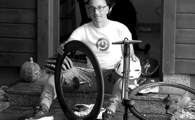 Preseneča me, da so nekateri tako zagreti in pripravljeni investirati v opremo in videz, po drugi strani pa zanemarjajo pravilno kolesarjenje oziroma šolo kolesarstva.<br /> Foto: Dejan Javornik