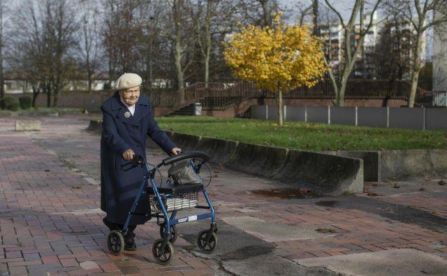 Sprememba pokojninske zakonodaje naj bi zagotovila dostojnejše pokojnine bodočim upokojencem in vzdržnost blagajne. Foto Voranc Vogel