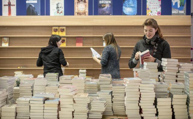 Cankarjev dom bo v prihodnjih dneh velika knjigarna. Foto Voranc Vogel