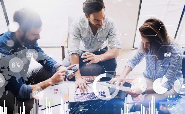 Izzivi tehnoloških sprememb so tudi priložnost za razvoj novih storitev. FOTO: Shutterstock