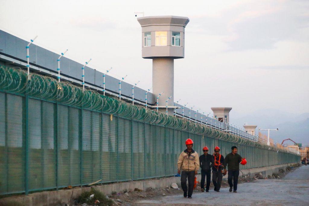 Kako Kitajska »prevzgaja« muslimanske Ujgure