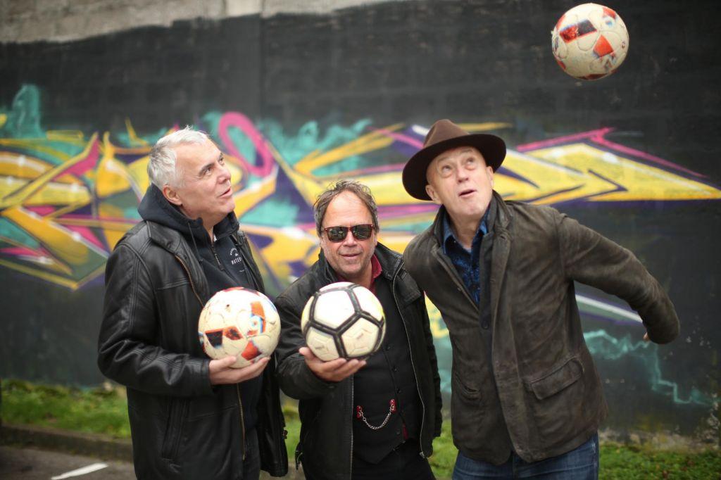 FOTO:Kreslin, Lovšin & Predin: Rojeni smo za tisti dve uri na odru