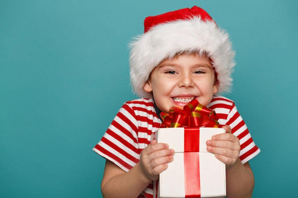 FOTO:Otroci veliko bolj kot darila v obliki stvari potrebujejo nas, naš čas