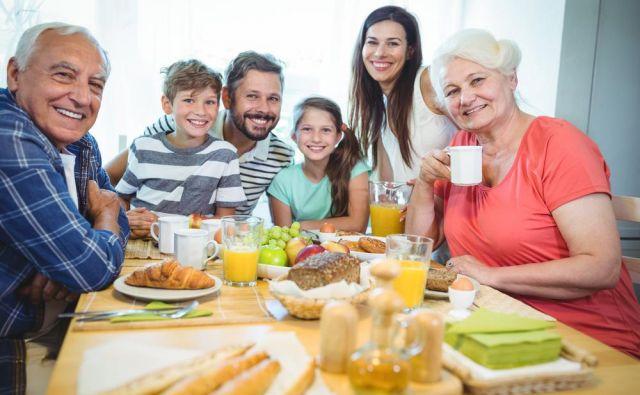 Naslednji pomemben korak k shujševalnemu jedilniku je, da so glavni obroki sestavljeni iz čim več vrst hranil. Foto: Shutterstock