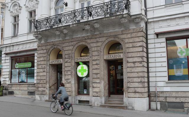 V ljubljanski lekarni bodo medicinsko blago še vedno lahko nemoteno kupovali pri lastnem veledrogeristu LL Grosistu. Foto: Dejan Javornik