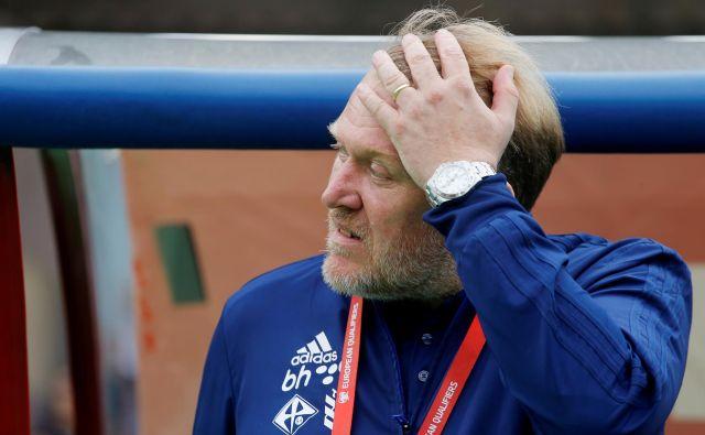 Robert Prosinečki je od lanskega januarja BiH vodil na 22 tekmah. Devet tekem je zmagal, sedem izgubil. FOTO Reuters