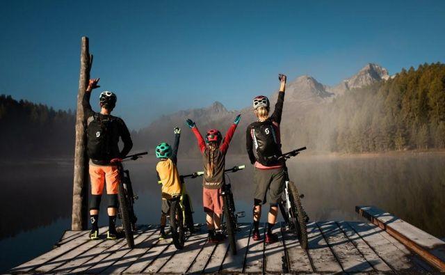 Trdake priporočamo tistim gorskim kolesarjem, ki še vedno najbolj uživajo v osvajanju vrhov in vožnji po ravnem. Polno vzmetena pa tistim, ki so univerzalci, ki obožujejo kolesarjenje navkreber, še bolj pa spust v dolino. Foto Arhiv proizvajalca