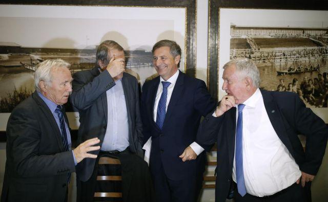 Če bo zmagal januarja, Erjavec ne vidi razloga, zakaj Pivčeva ne bi nadaljevala dela kmetijske ministrice.FOTO: Blaž Samec/Delo