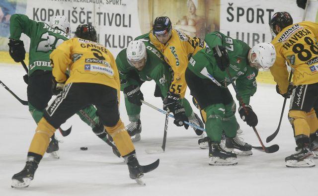 Ljubljanski hokejisti so odlično formo potrdili tudi v derbiju. FOTO: Blaž� Samec