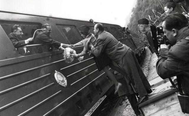 Tito je z modrim vlakom prepotoval več kot 600.000 kilometrov po domovini in tujini. Fotodokumentacija Dela