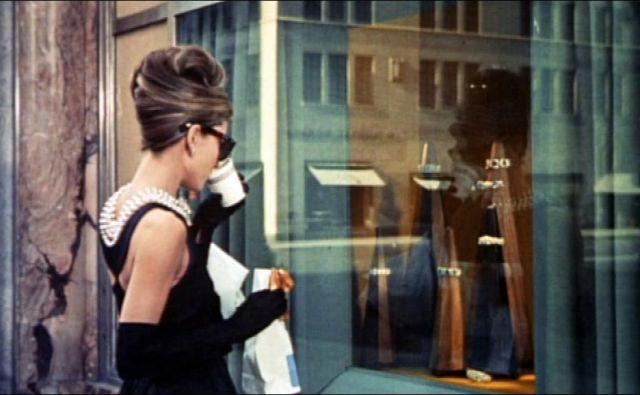 Za Holly Golightly je Tiffany kraj, kjer se ti ne more zgoditi nič slabega. Foto Wikipedia