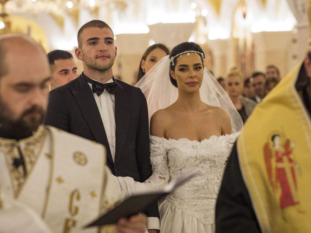 FOTO:Sin Cece in Arkana se je poročil po kraljevsko