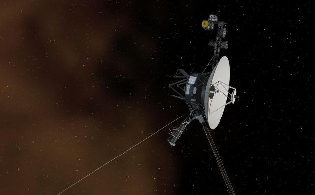 Voyager 1 je od Zemlje najdlje oddaljen predmet človeške izdelave.