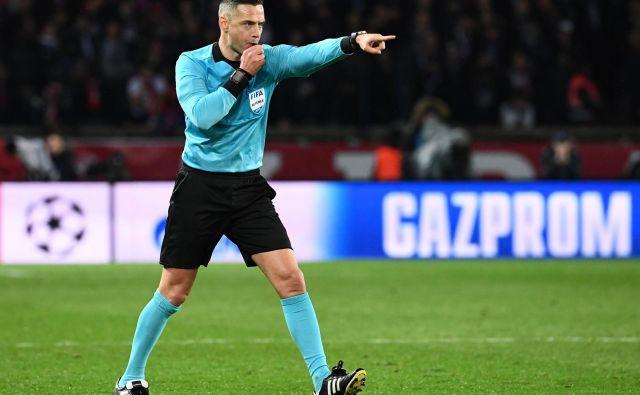 Damir Skomina je z deljenjem nogometne pravice prepričal strokovnjake. FOTO: AFP