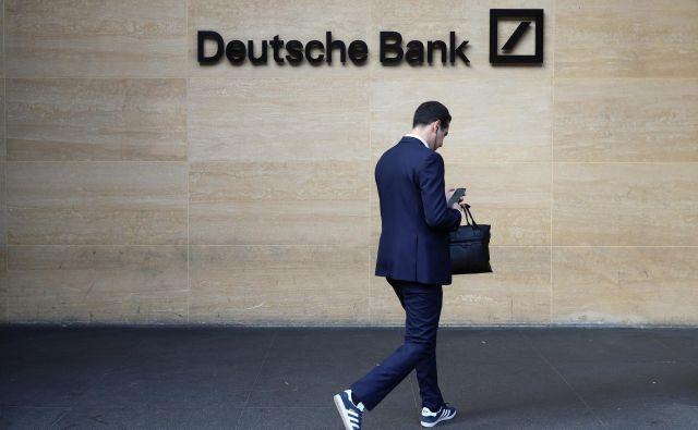 Trump je od Deutsche bank dobil približno dve milijardi dolarjev posojil v času, ko mu nihče drug v ZDA več ni hotel posojati zaradi stečajev. FOTO: Reuters