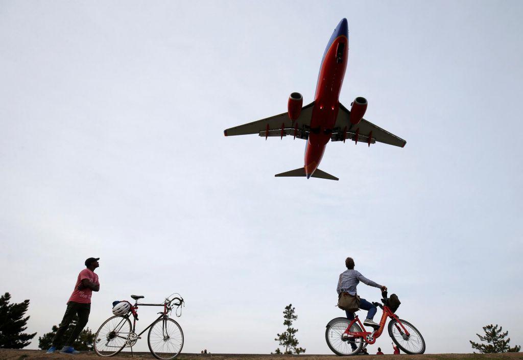 FOTO:Zanimanje za ostanke Adrie, a razmere v letalstvu so težke