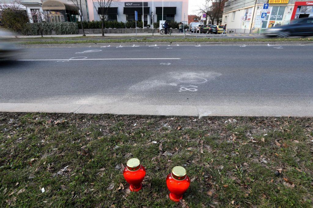 V hudi prometni nesreči pri Vrhniki umrla dva migranta