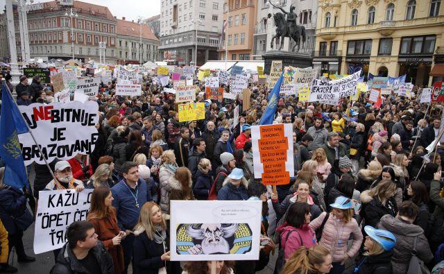 Čeprav stavka učiteljev traja že 35 dni, premier Andrej Plenković še ni razkril, kako bo ukrepala vlada.FOTO: Dragan Matić/Cropix