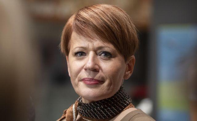 Uprava bi morala o nedovoljenem aditivu v čevapčičih vodstvo ministrstva in javnost obvestiti že 6. junija letos, ne pa štiri mesece pozneje. FOTO: Voranc Vogel