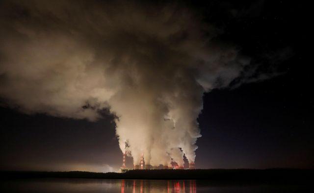 Po opozorilih znanstvenikov bi morale države svoje zaveze povečati, da bi se svetovne emisije med letoma 2020 in 2030 znižale za 7,6 odstotka na leto.<br /> FOTO: Reuters