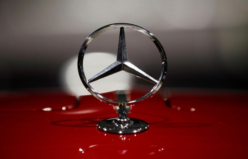 Tudi Mercedes bo močno krčil zaposlenost