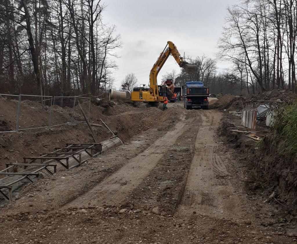 Zahteva za takojšnjo zaustavitev gradnje kanala C0 na območju med Brodom in Ježico