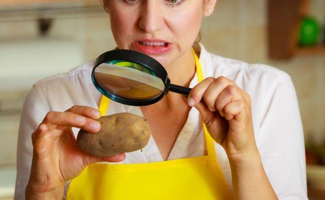 Glavni viri akrilamida v živilih so ocvrt krompirček, krompirjev čips, krekerji, kruh, keksi, različni kosmiči za zajtrk, otroška hrana, konzervirane olive, slivov sok in kava. Foto: Shutterstock