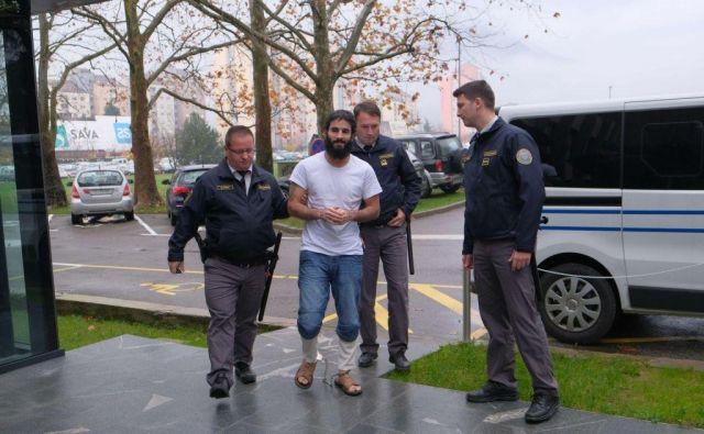 Za šest let se Yassin Amar Al Hamdani seli v zapor, nato bo izgnan iz države. FOTO: Leo Caharija/Primorske novice