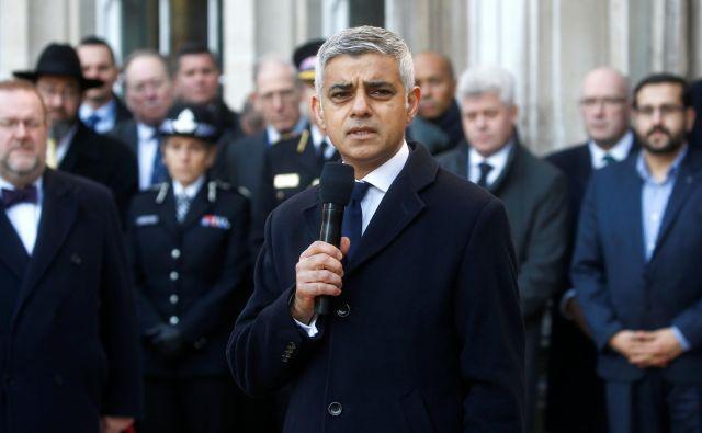 Khan na današnji žalni slovesnosti za žrtve zadnjega terorističnega napada v Londonu. FOTO: Reuters