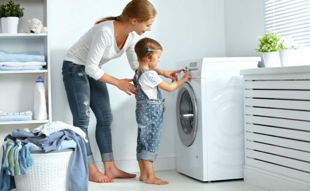 Kaj bi danes počeli brez pralnega stroja – si predstavljate? Foto Shutterstock