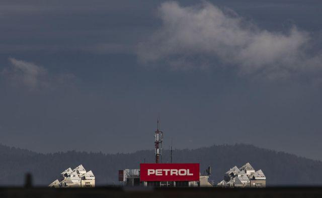Obeta se zanimiva skupščina Petrola. Foto Voranc Vogel