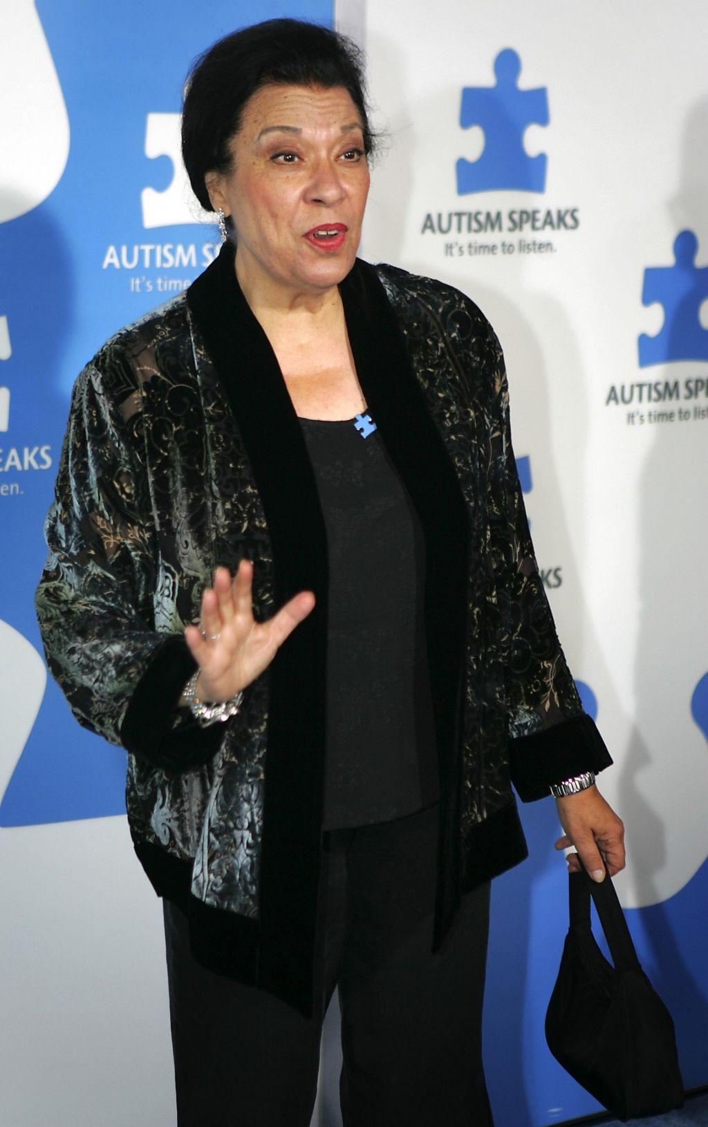 Umrla je Shelley Morrison, sobarica Rosario v seriji Will in Grace