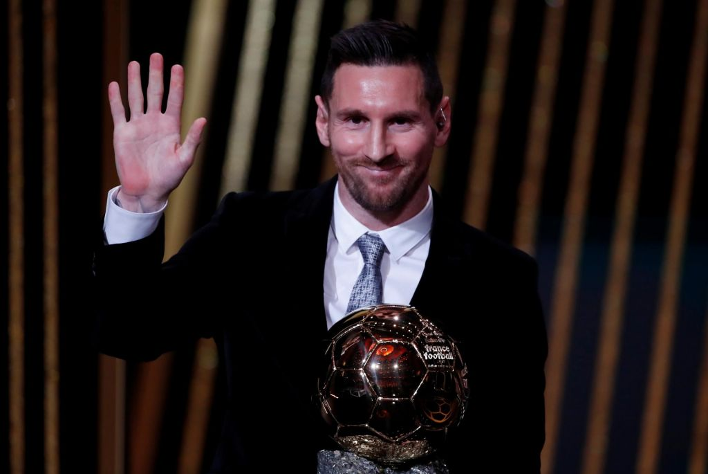 Lionel Messi prejel v Parizu zgodovinsko šesto zlato žogo