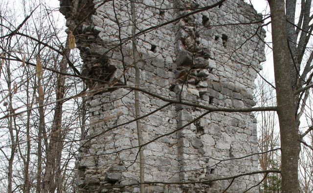 Ruševine gradu Breg Foto Igor Sapač