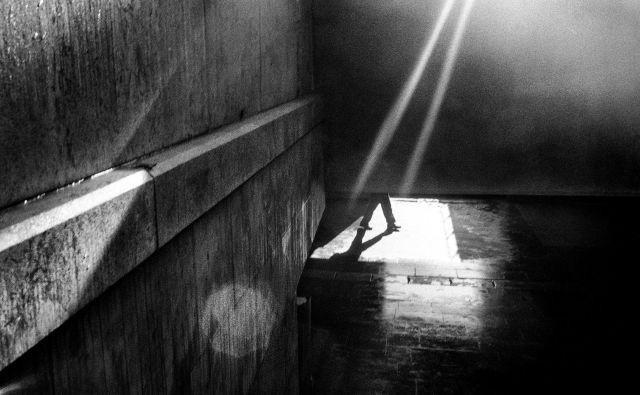 Kdaj se torej nakopiči toliko problemov, da država izgubi zagon in postane disfunkcionalna, ter kaj se vendarle lahko naučimo iz zgoraj opisanih primerov? FOTO: Voranc Vogel