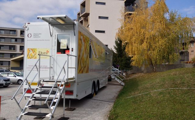 Mobilna enota Dora bo v Idriji do sredine februarja. FOTO: ZD Idrija