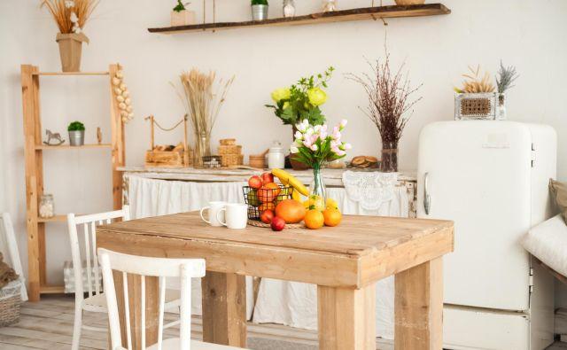 V domovih, kjer prisegajo na veganski dizajn, naj ne bi bilo izdelkov iz volne, kašmirja, svile, krzna, kačje kože in drugih snovi živalskega izvora. FOTO: Shutterstock