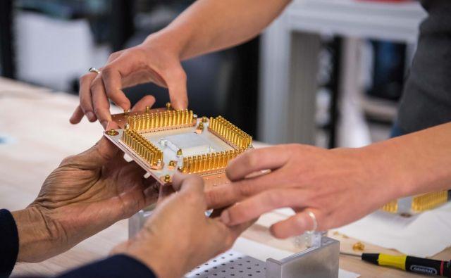 Nobena rešitev kvantnega računalništva danes še ni zanesljiva. FOTO: Reuters