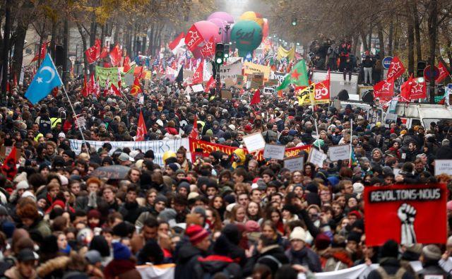 Francozi se postavjajo proti pokojninski reformi. FOTO: Reuters