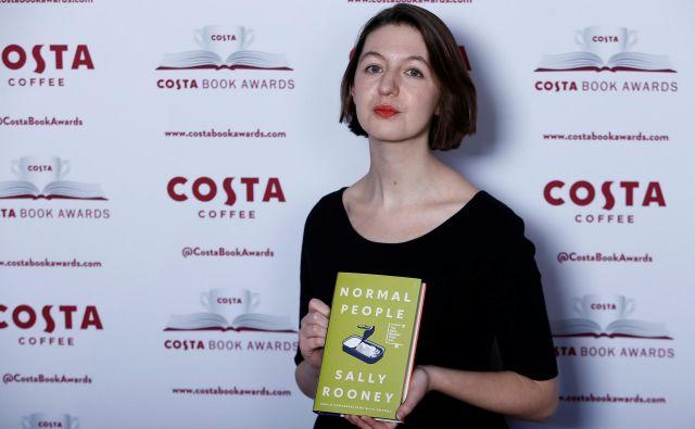 Za roman Normalni ljudje je Sally Rooney letos prejela nagrado costa. Foto Reuters