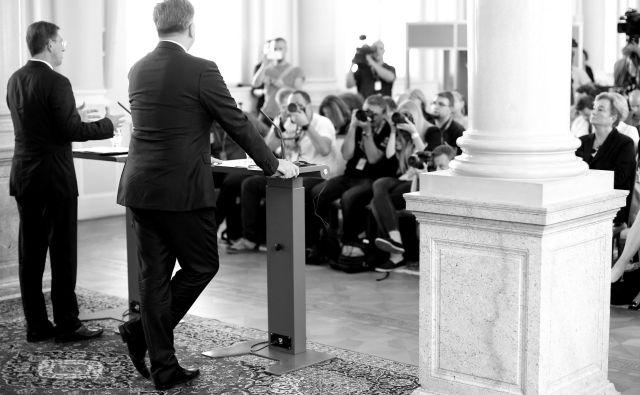 Arbitražna je postala metafora celotnega našega nelagodja v zvezi z EU. Na fotografiji Miro Cerar in Andrej Plenković. Foto: Tomi Lombar/delo