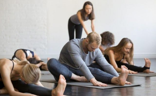 Izberite si skupino, ki je 'začetniška' in v okviru katere boste postopoma osvajali določena gibanja.Foto: Shutterstock
