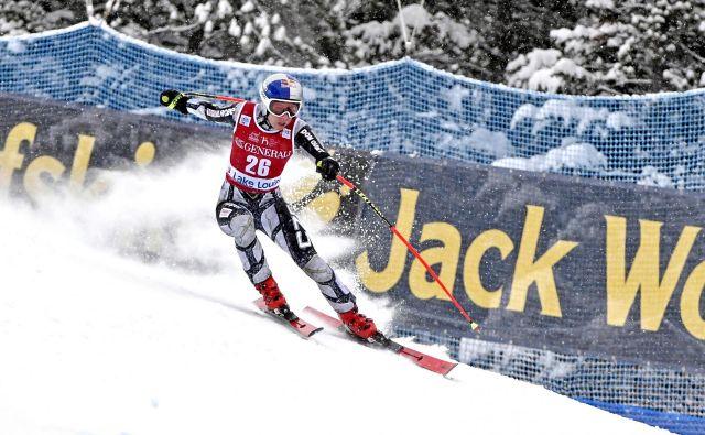 Deskarka na snegu in alpska smučarka Ester Ledecka je športni fenomen. V svoji zbirki uspehov, v kateri prevladujejo tisti iz deskanja na snegu, ima zdaj tudi zmago za svetovni pokal v alpskem smučanju. FOTO: Usa Today Sports