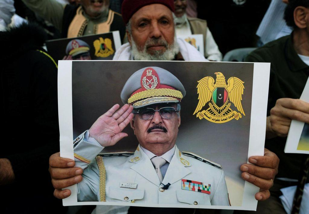 Rusija tudi v Libiji spretno izrablja krvavi kaos