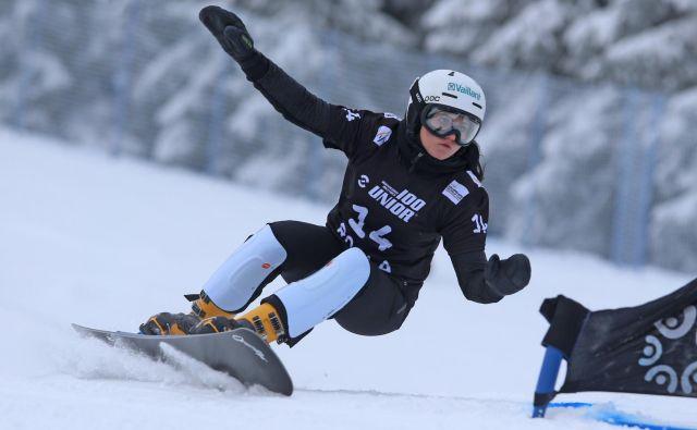 V osmini finala je za tekmico dobila tretjo iz kvalifikacij, Švicarka Ladina Jenny pa je bila boljša za 16 stotink. FOTO:Tadej Regent/Delo