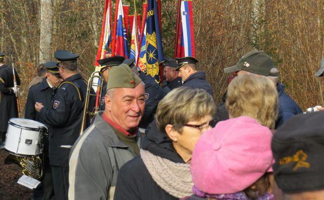 Spominska slovesnost na strmoglavljeno ameriško vojaško letalo v Makošah pri Ribnici. FOTO: Bojan Rajšek/Delo