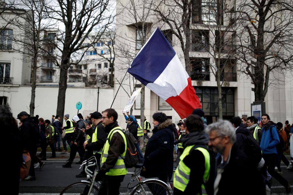 FOTO:Protestniki ohromili ulice