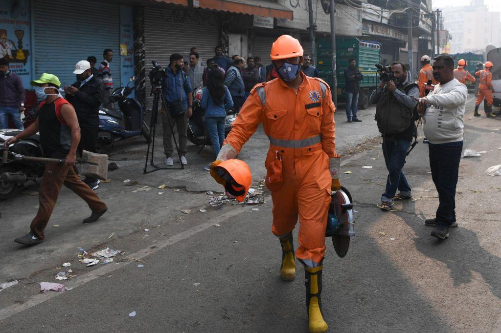 Vsaj 43 mrtvih v požaru v New Delhiju