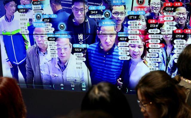 Nesporno je, da se Kitajska pospešeno prebija na čelo azijskega tehnološkega prodora, pri tem pa pred vse, še zlasti pred Evropo, postavlja vprašanje, kako na vse to odgovoriti. FOTO:Reuters